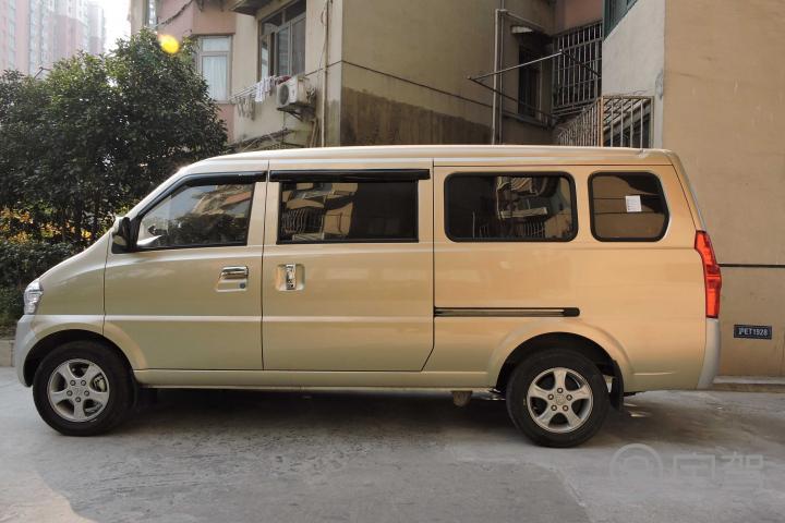 七座2014【上海北汽威旺307租车】
