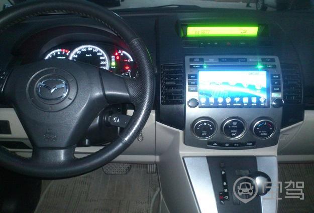 豪华型2011【广州马自达5(进口)租车】